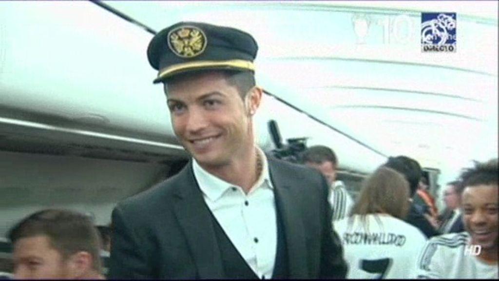 Así celebró el Madrid la Décima en el avión