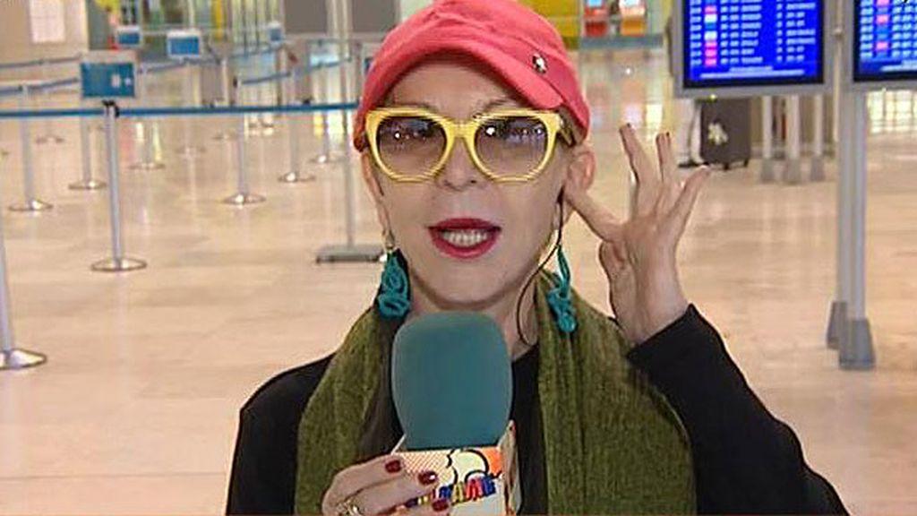 Karmele Marchante vuelve a ser una reportera de calle... a ritmo de 'Tsunami'