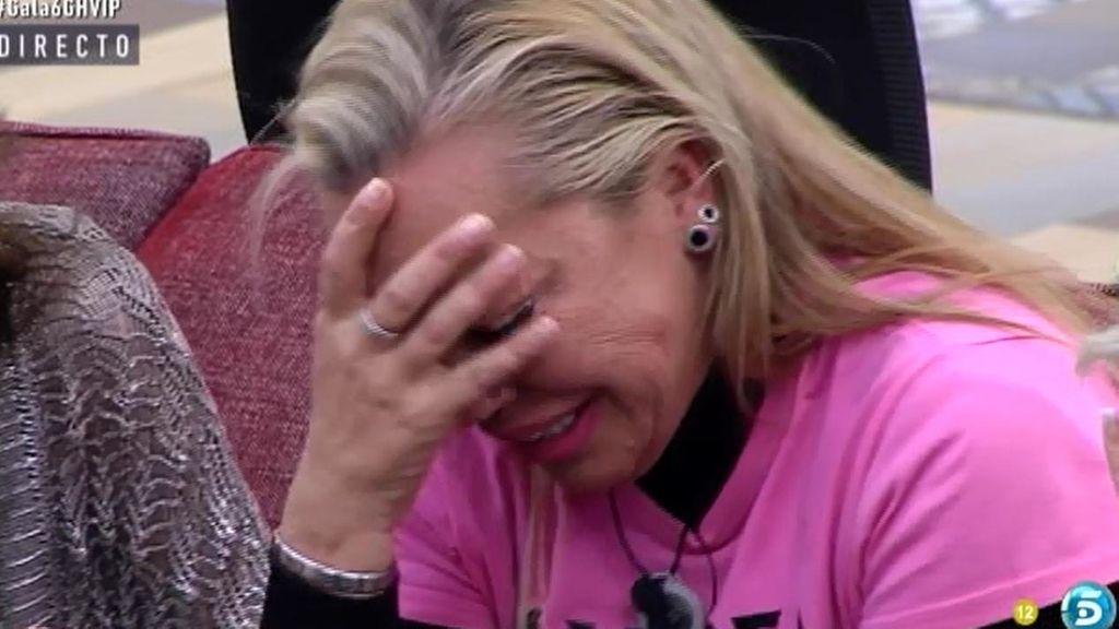 Belén Esteban se rompe tras la expulsión de Víctor Sandoval