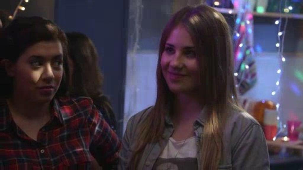 La decisión de Lana: Patricia quiere que sea su community manager, ¿aceptará?