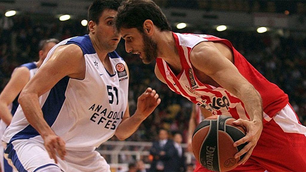 Spanoulis marca el ritmo en el triunfo del Olympiacos ante el Anadolu (78-60)