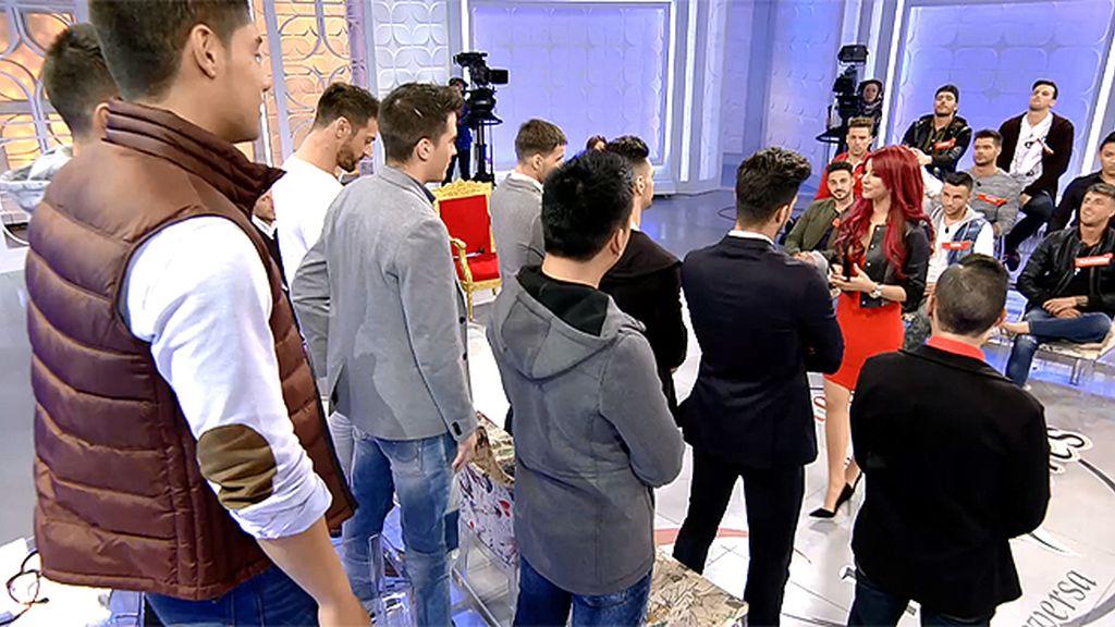 Luis, Simbo, Albert y Juan se vestirán de novios para ganar una luna de miel con Rym