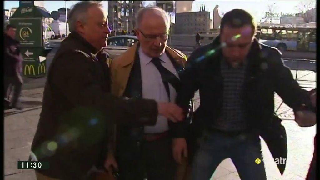 Tensa llegada de Rodrigo Rato a los juzgados