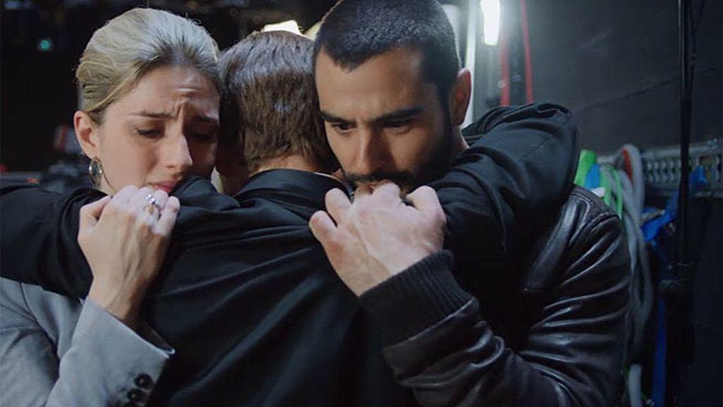 Juan, Alberto y Virginia consiguen desenmascarar al peligroso club