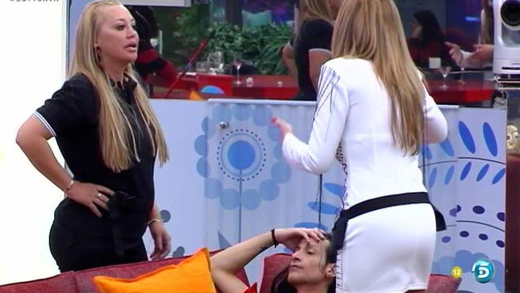 """Belén manda a Olvido a beber una copa de champán y ella dice: """"Tómate tú otra cosita"""""""