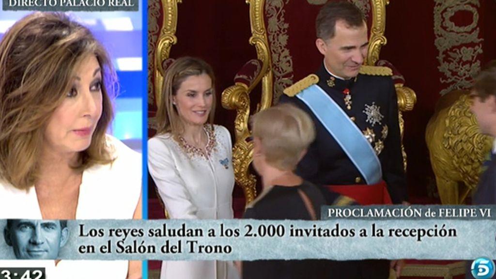 """Ana Rosa Quintana: """"Me ha parecido un acto austero. El Ayuntamiento no se arruina por poner diez flores más"""""""