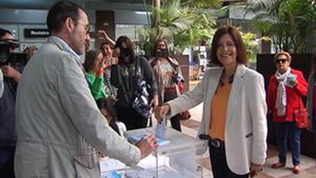 """Cristina Losada anima a los gallegos a votar para """"cambiar las cosas que no funcionan"""""""