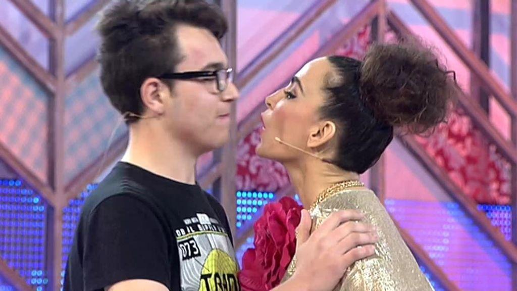 La cobra de Álex a Cristina termina con una promesa y que sellan con un beso