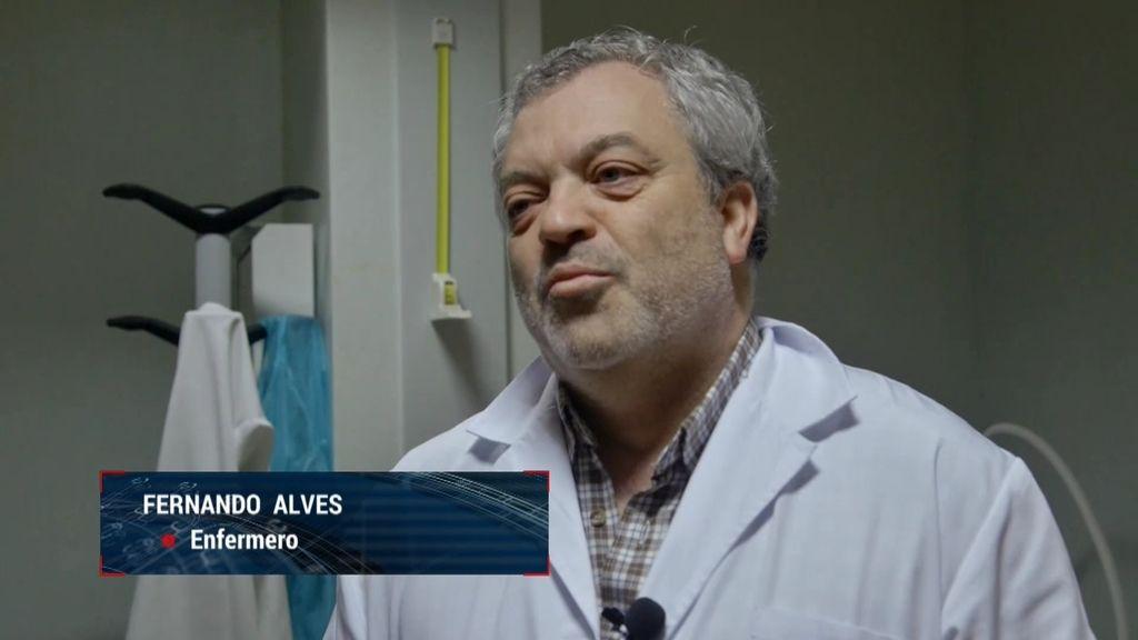 """Enfermero portugués: """"Que no lleguen vacunas a España es un problema comercial"""""""