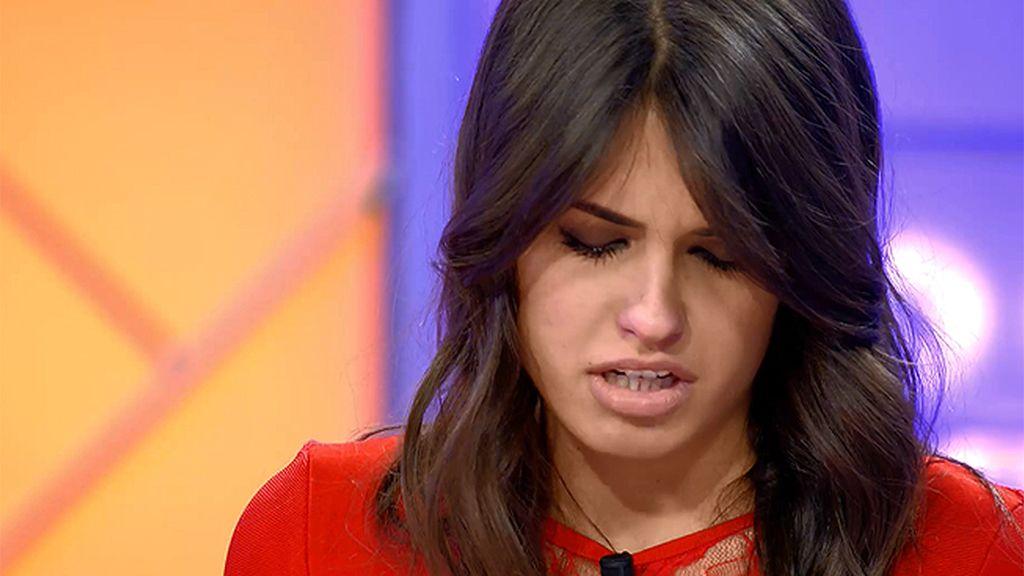 """Sofía llega al trono hecha un mar de lágrimas: """"Tengo demasiado presión"""""""