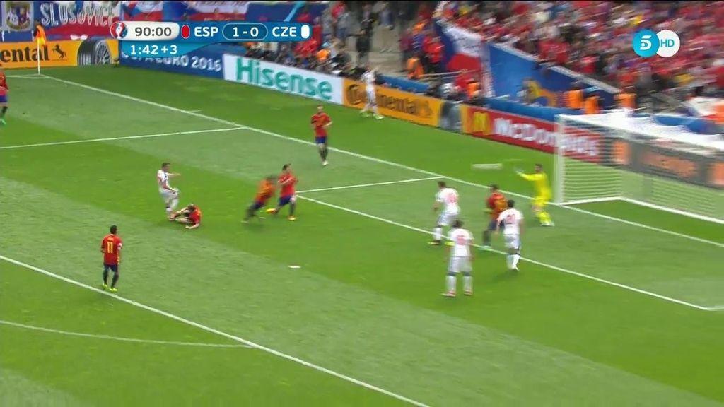 ¡Paradón de De Gea en el último minuto para salvar a la Roja del empate ante los checos!
