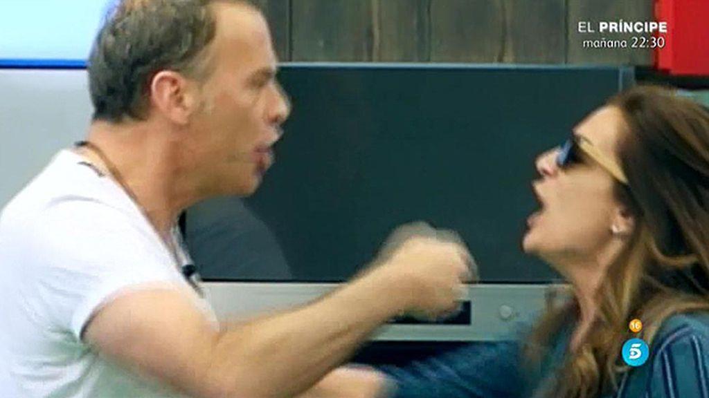 """Carlos: """"Aquí no hay violencia, hay una discusión hombre y mujer"""""""