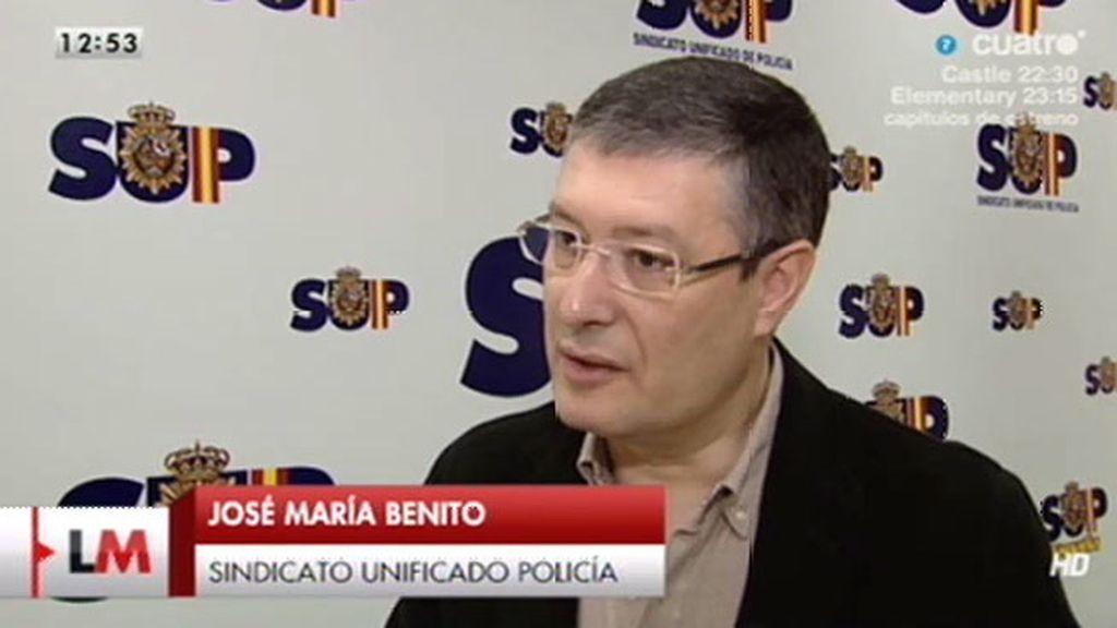 """J.M. Benito: """"Empiezan a discutir y termina con un cabezazo del bombero al policía"""""""