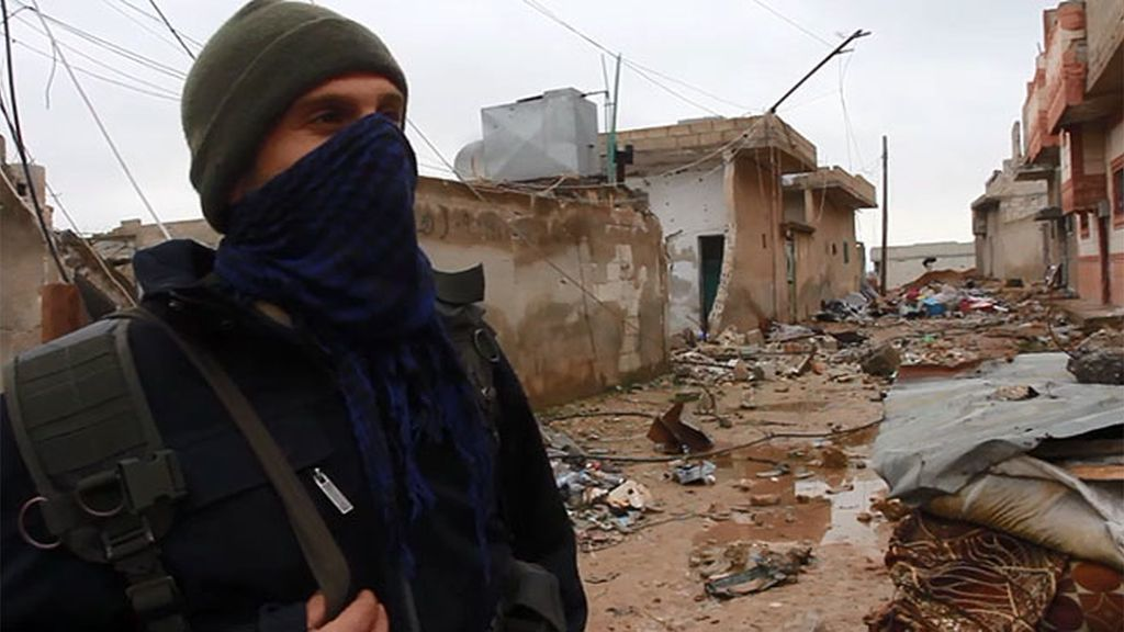 Antonio Pampliega localiza al soldado español que lucha contra el Estado Islámico