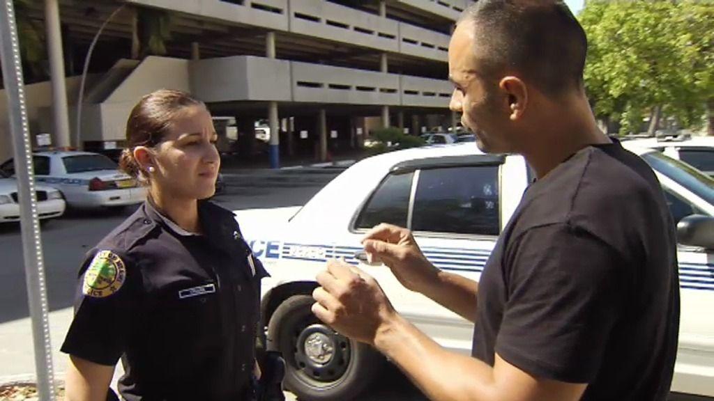 """Triana, policía en Miami: """"A veces se necesita más ayuda siendo una mujer policía"""""""