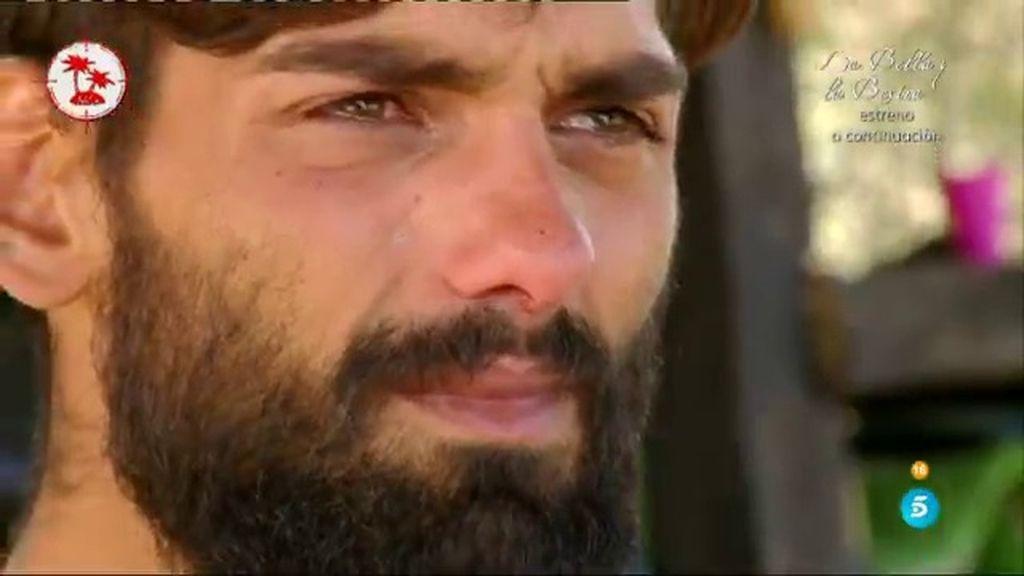 """Isaac se derrumba: """"Mi madre se merece más besos y abrazos de los que le he dado"""""""