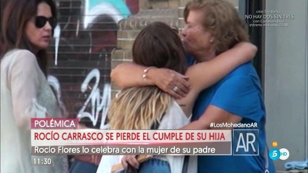 Rocío Flores Carrasco cumple 20 años con la mujer de su padre