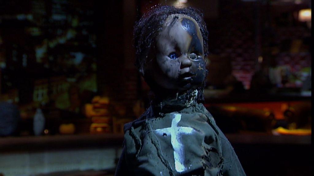 Muñecas, cruces y apego a su casa eran las señas de identidad de las brujas de O Mato