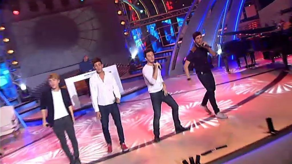 Auryn: 'Breathe your fire'