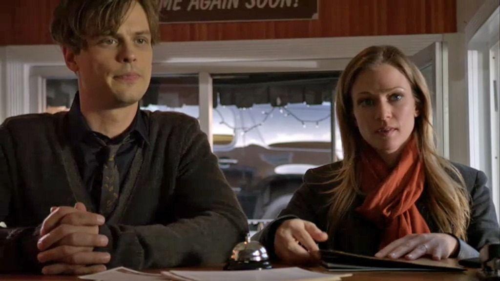 Reid y JJ buscan pistas en los moteles de Pittsburgh