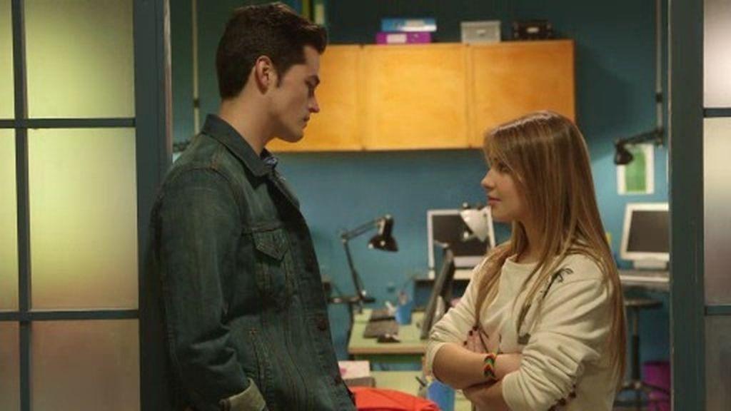 """Pablo intenta sincerarse con Lana: """"Me molesta verte con André. No lo tolero"""""""