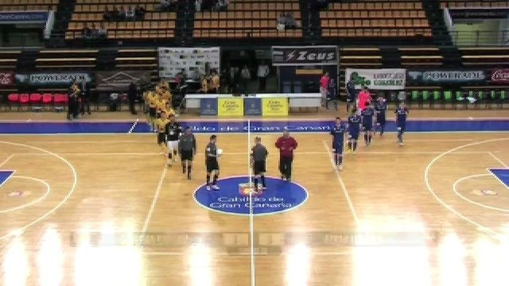 Colegios Arenas Gran Canaria remonta al Azkar y sigue vivo en Primera (4-3)
