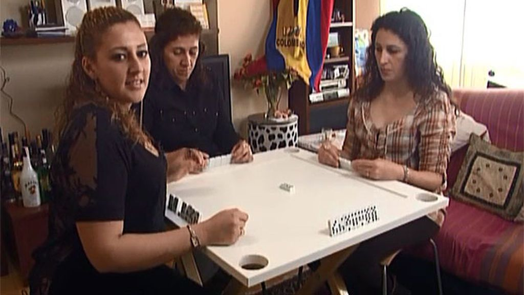 Vendo: mesa profesional de dominó
