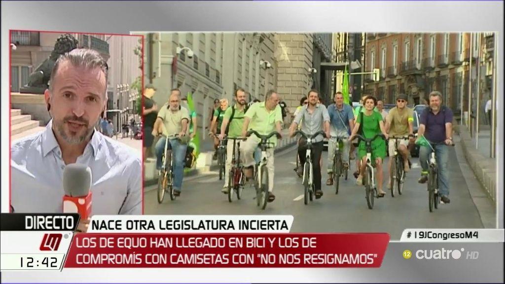 Bicis, camisetas… las diferencias entre la undécima y la duodécima legislatura