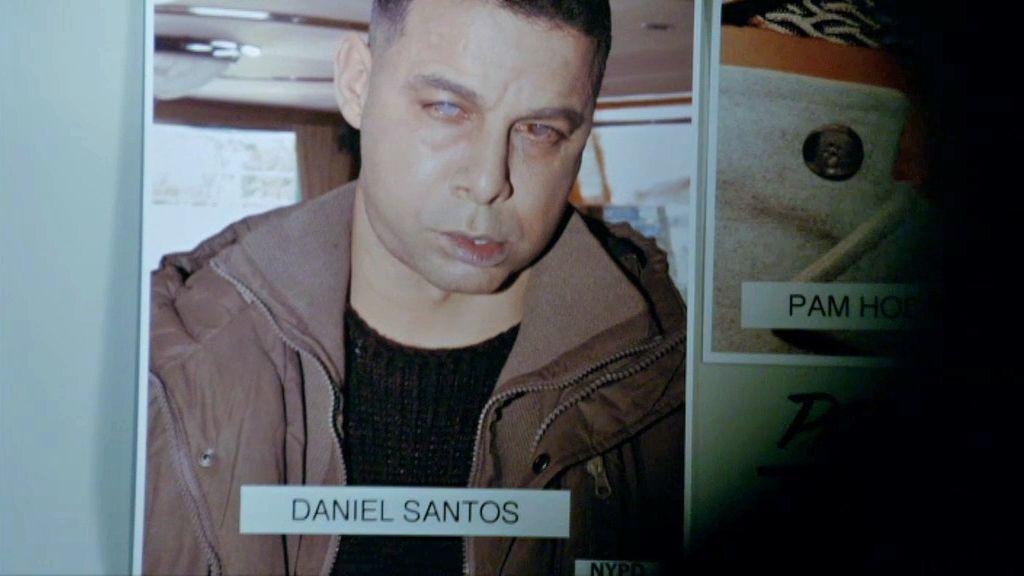 Segunda víctima, clavado al agente Espósito