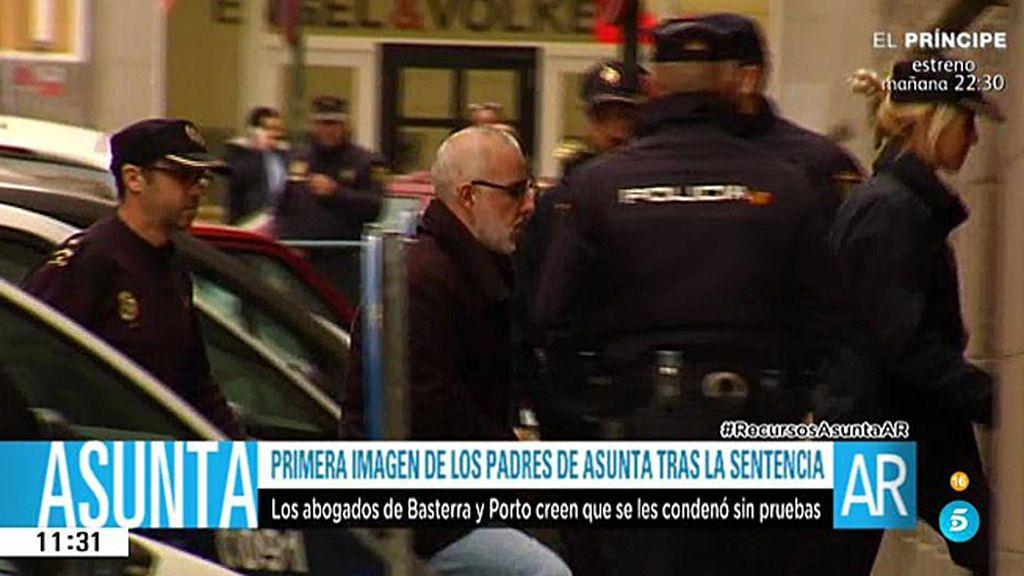 Alfonso Basterra, captado por nuestras cámaras a su llegada a los juzgados