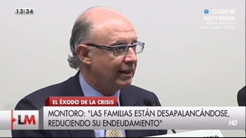"""Montoro: """"Las familias están 'desampalancándose"""""""