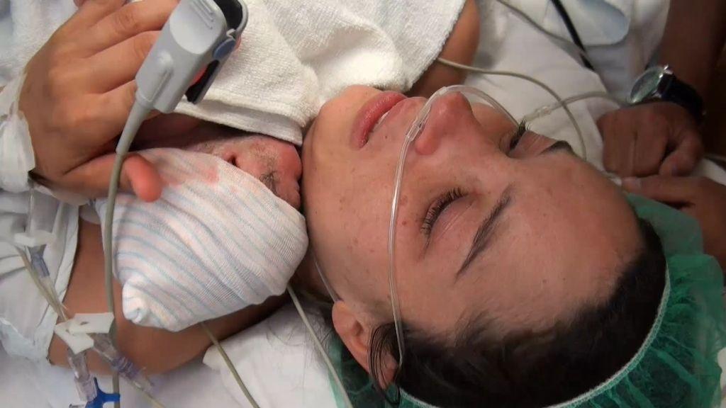 Tras la operación de su bebé con espina bífida, el parto de Laura ha sido perfecto