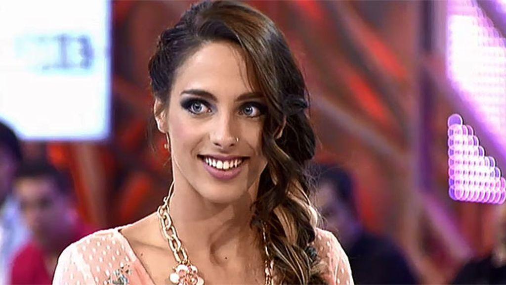 Marta interpreta la canción de 'Cámbiame'