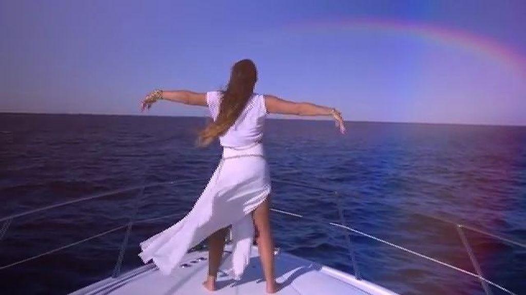 El videoclip, 'Latina de cuerpo y alma'