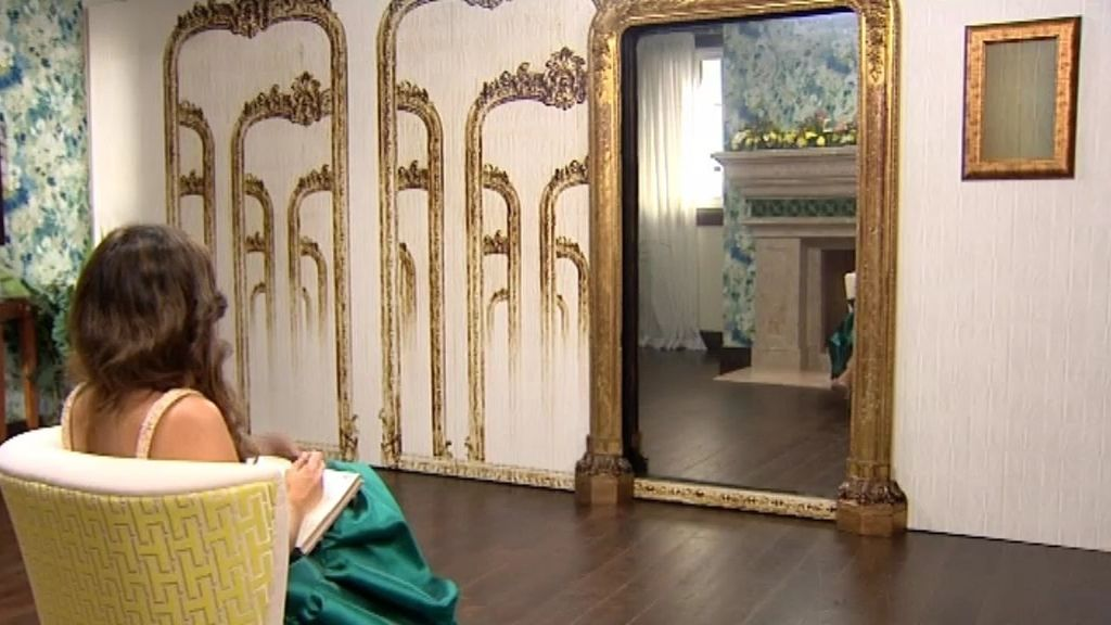 Laura se somete a la 'prueba del espejo'