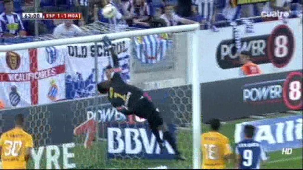 Remate al larguero y posible penalti al Espanyol en apenas 5 segundos