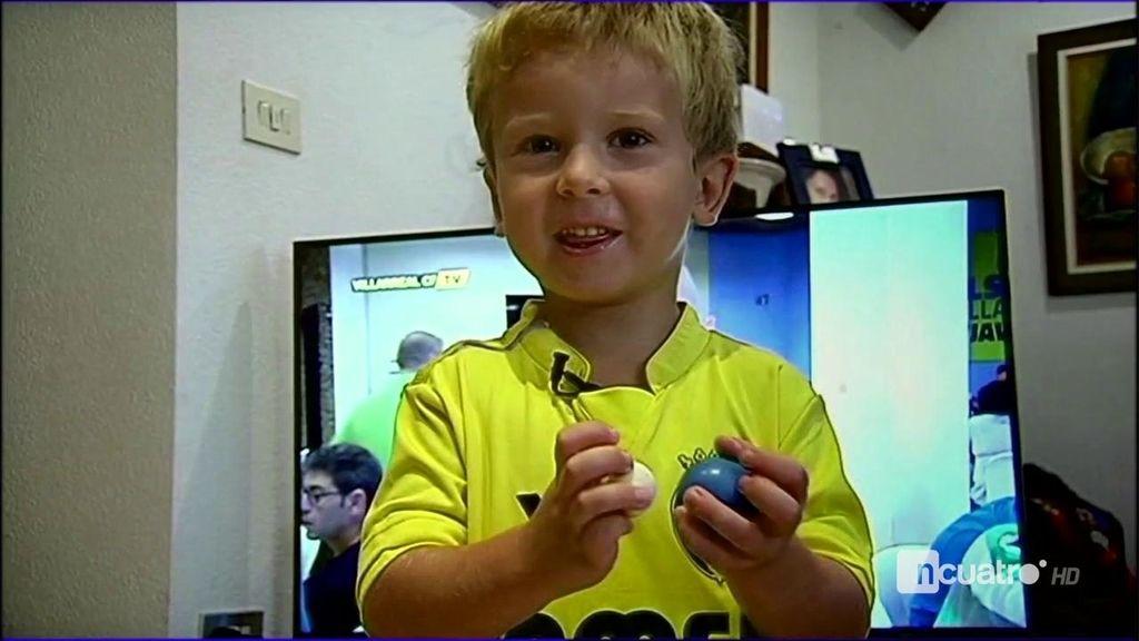 """Este pequeño aficionado del Villarreal lo tiene claro: """"¡Ni Messi, ni Cristiano, Bruno Soriano!"""""""