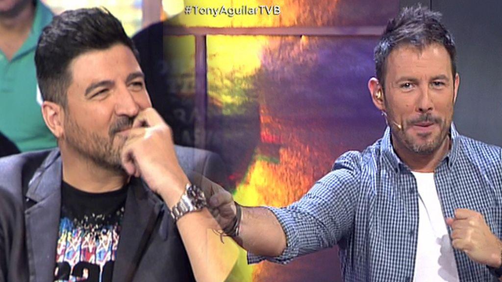 Iñaki Urrutia intenta imitar a Tony Aguilar al más puro 'Leonardo Dantés Style'