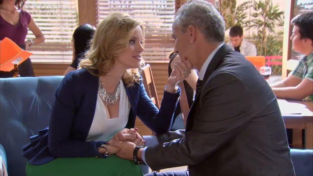 ¡Don Pablo le pide matrimonio a Cova!