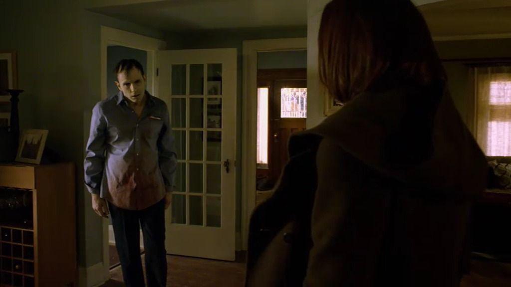 Kelly, atacada por su novio vampiro