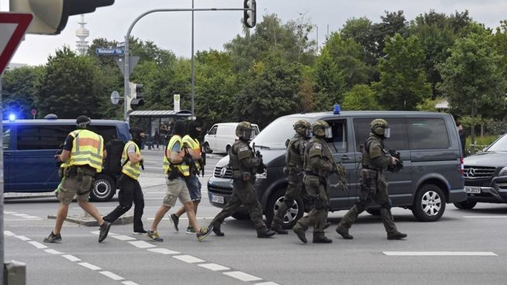 Un tiroteo en un centro comercial en Múnich deja varios muertos y al menos 10 heridos