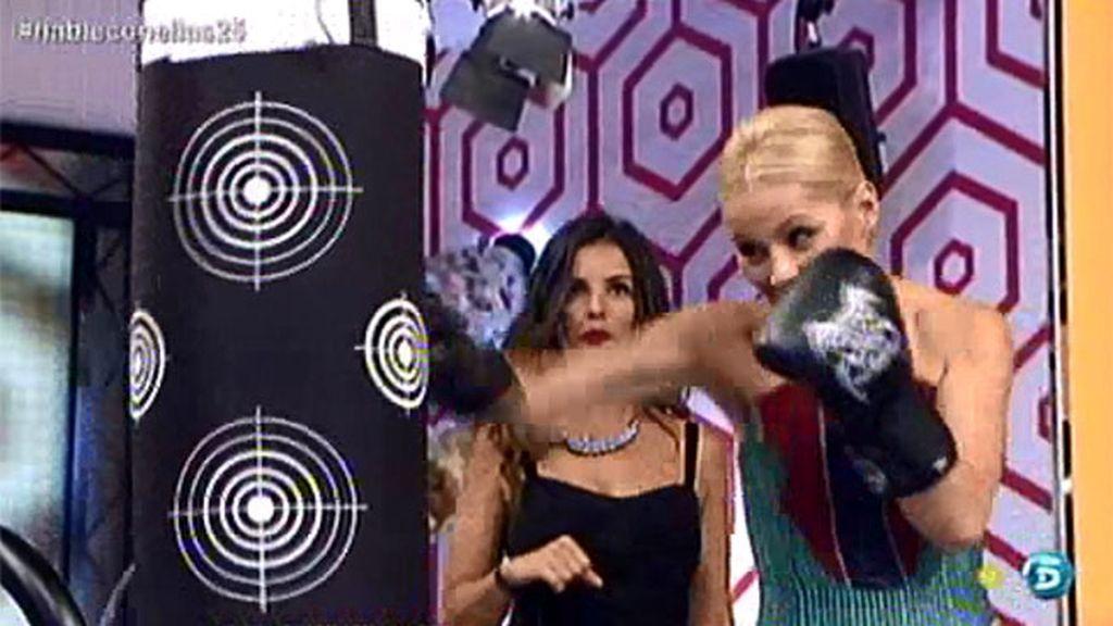 Soraya enseña a boxear a nuestras presentadoras