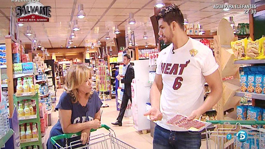Mila hace la compra con Diego Matamoros
