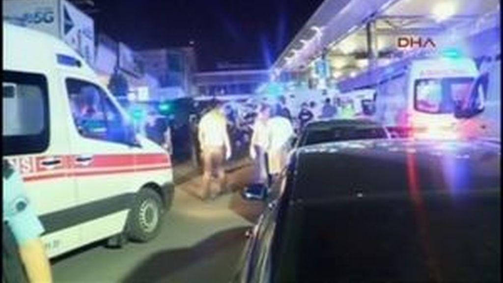 Caos en el aeropuerto de Atatürk de Estambul