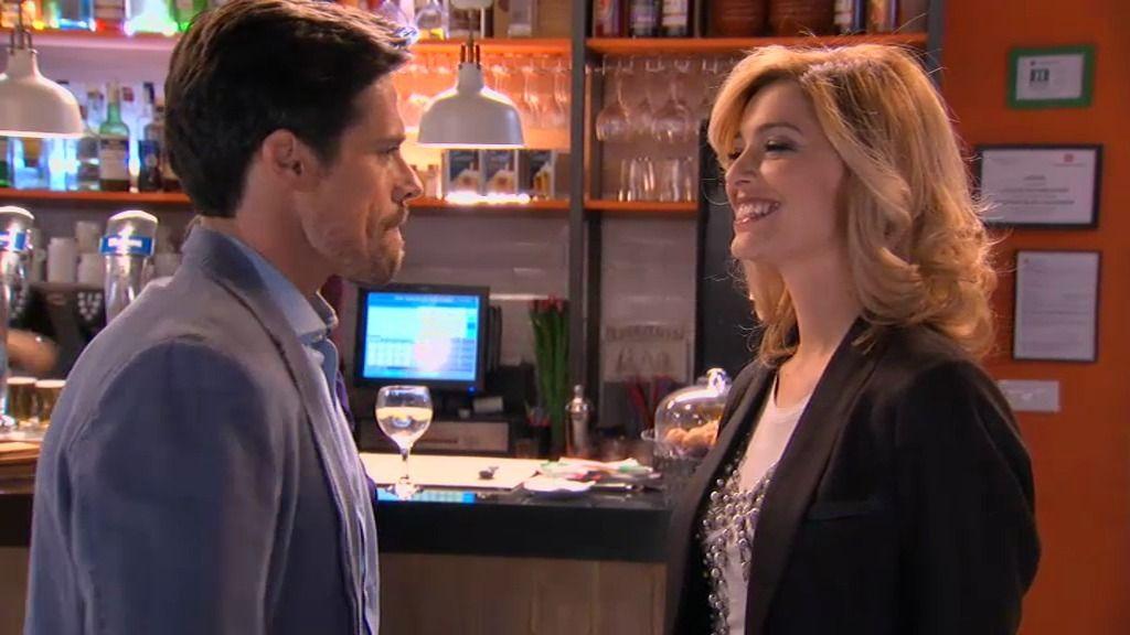Alba vuelve y se reencuentra con Carlos