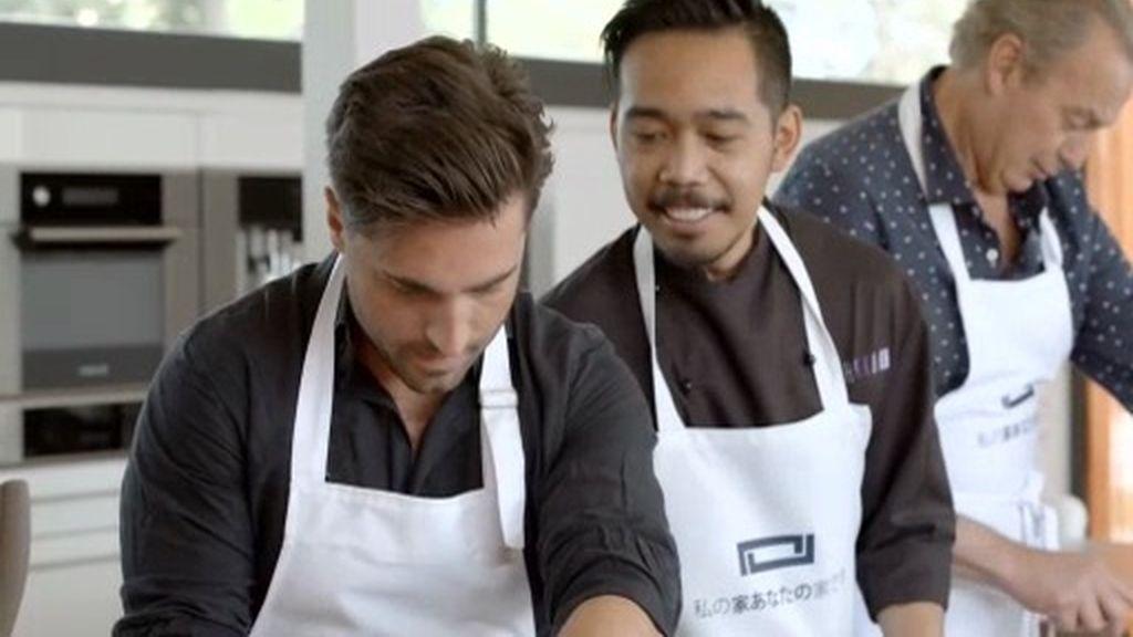 ¡Bustamante y Bertín aprenden a hacer sushi!