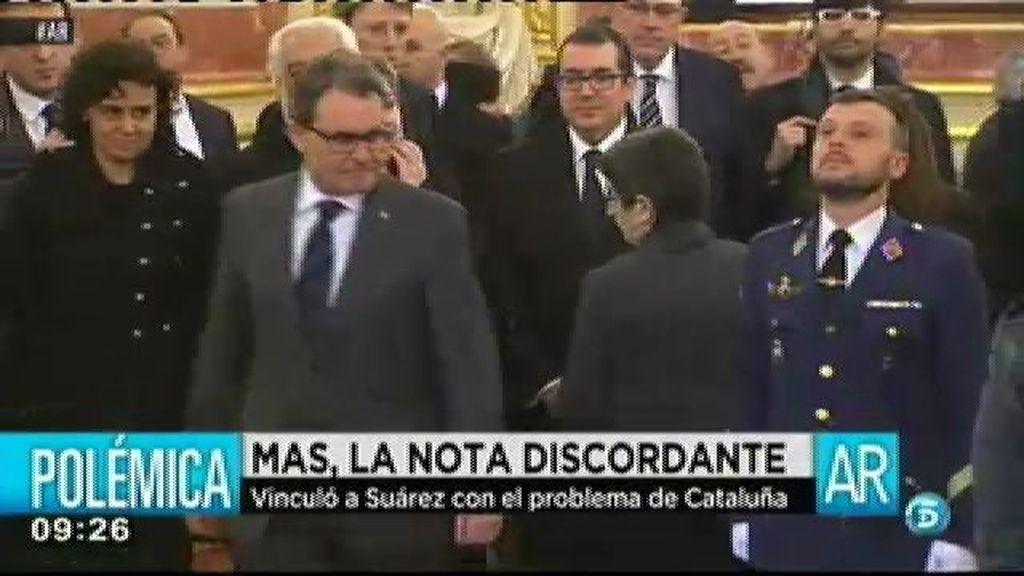Artur Mas, la nota discordante en la despedida de Adolfo Suárez