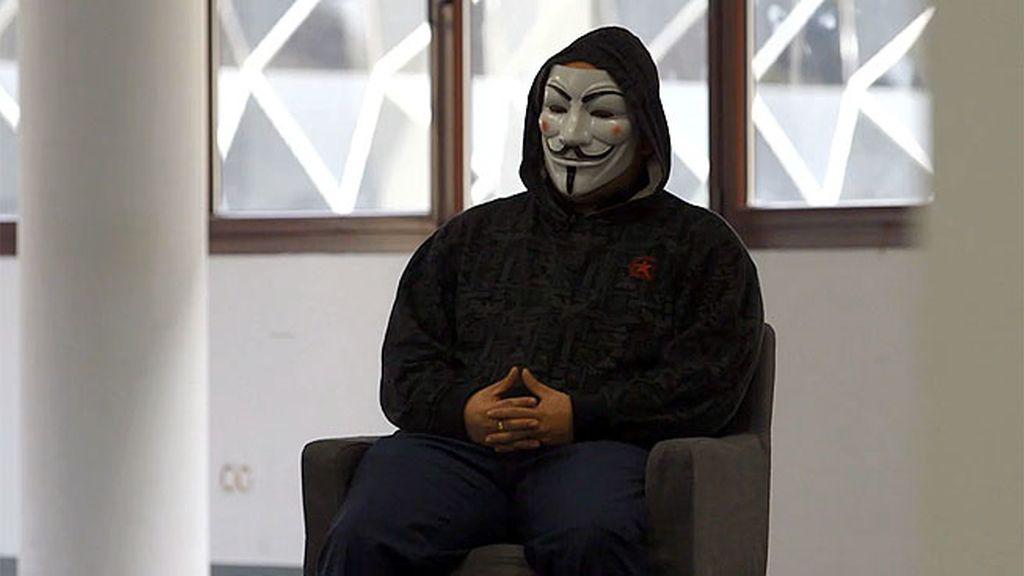"""Entrevistamos a un miembro de Anonymous: """"Estoy ayudando a que el mundo sea mejor"""""""