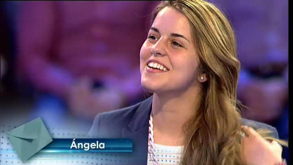 María quiere agradecer todo el esfuerzo de la presidenta de su Club de Fans, Ángela