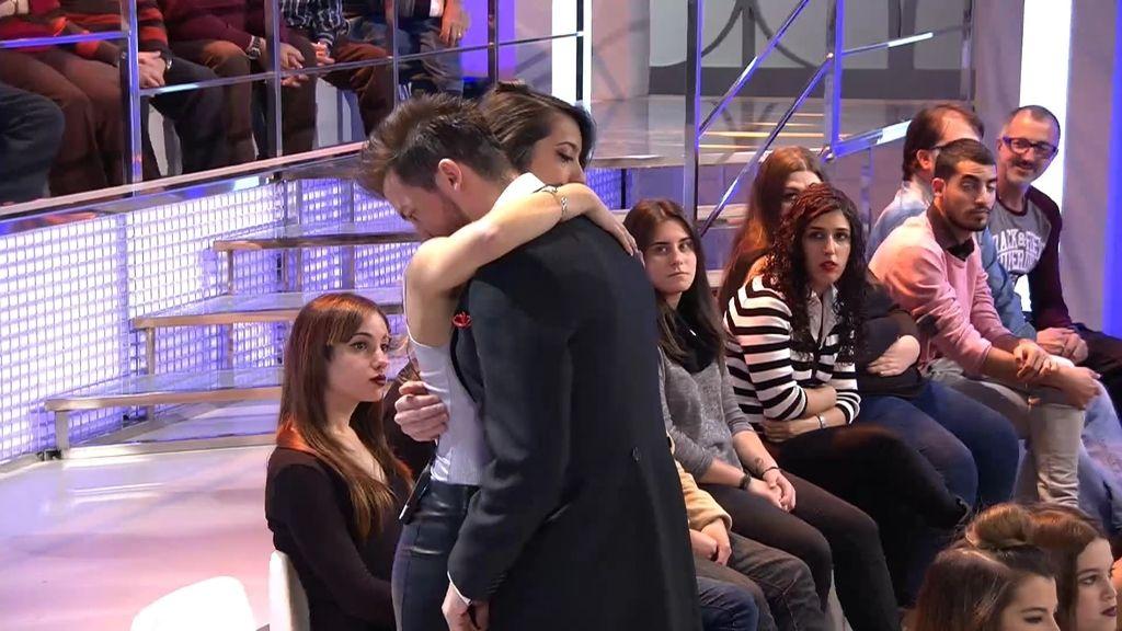 """Xavi se viene abajo ante el abandono de Marina: """"No quiero que te vayas"""""""